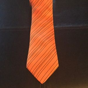 Other - Timeless HERMÈS dashed orange striped tie